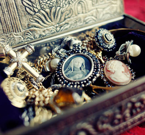 Antique Estate Jewelry